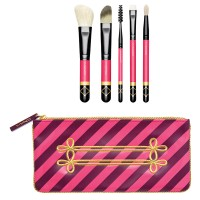 مجموعة فرش ماك اصدار محدود Nutcracker sweet contour Brush Kit Limited edition