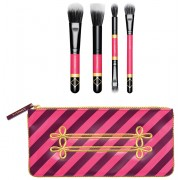 مجموعة فرش ماك اصدار محدود Nutcracker sweet Mineralize Brush Kit Limited edition