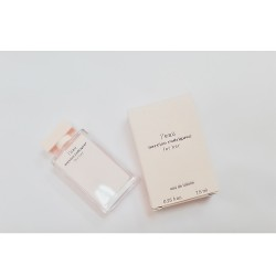 عطر ميني نارسيسو رودريغز فور هير تواليت 7.5 مل Narciso Leau Narciso rodriguez for her eau de toilette 7.5 ml