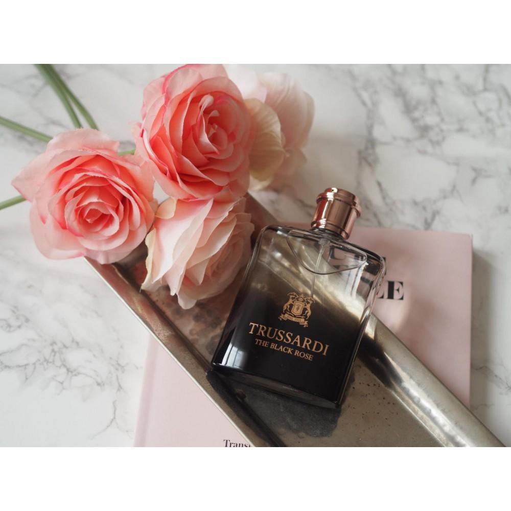 25a9a7eaa ... عطر تروساردي ذا بلاك روز 100 مل للرجال و النساء The Black Rose  Trussardi for Women ...