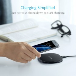 انكر شاحن لاسلكي اسود Anker 10W Wireless Charger UN BLACK